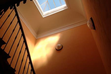 Chambre dans demeure de caractère - Crest - Dom
