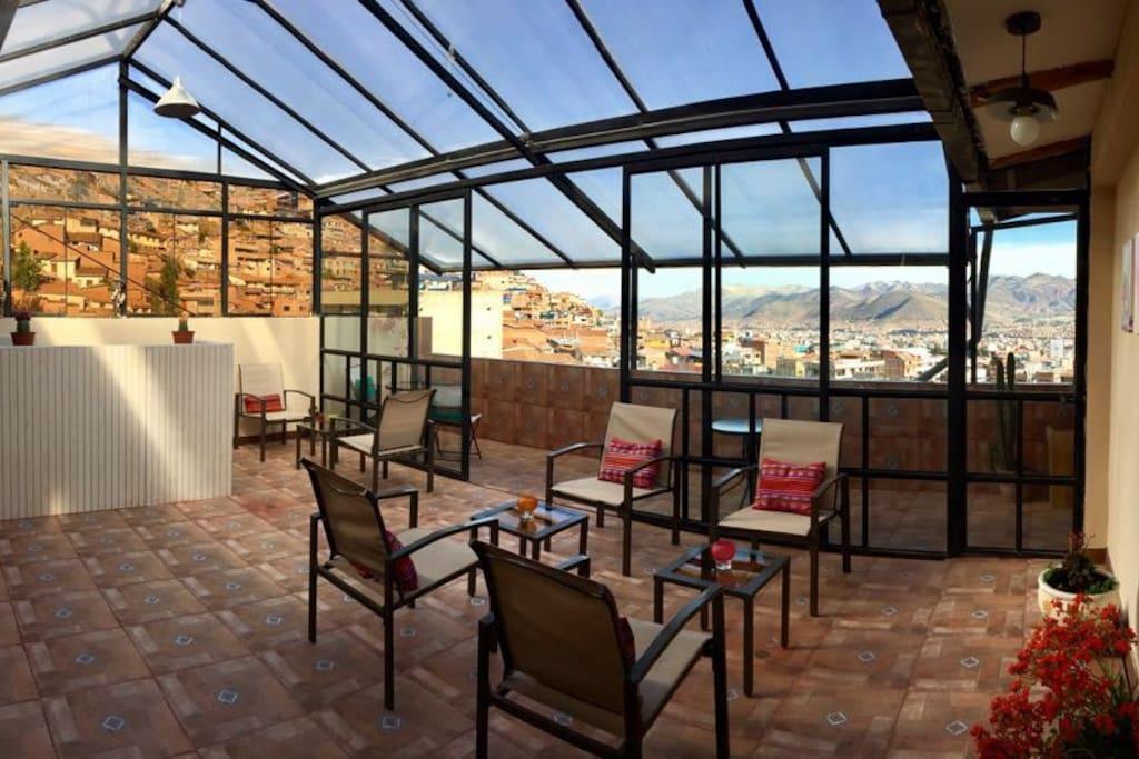 terraza de la casa desde donde podras apreciar la ciudad