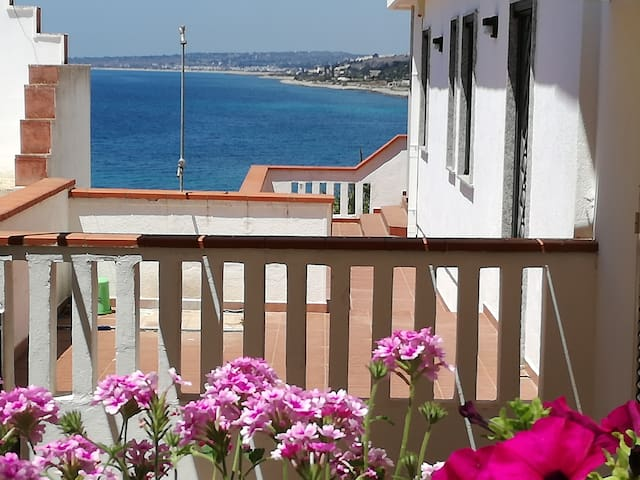 Casa Baia 3 terrazza vis mare Wi-Fi OFFERTE Settem
