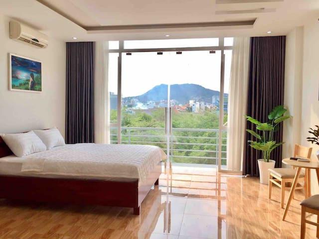 🔆 Spacious - Balcony🔆 city & lake view, near Beach