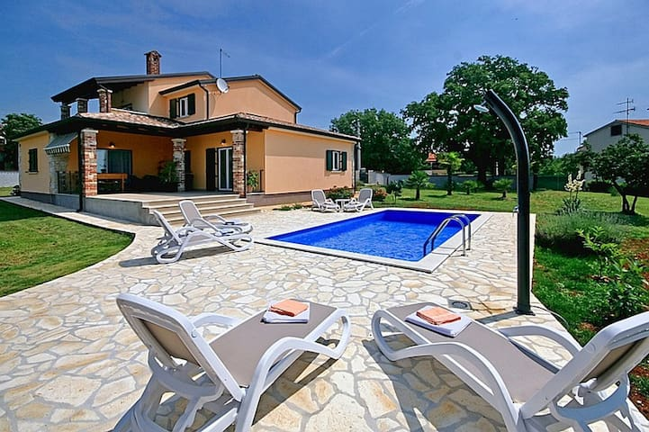 Comfortable Villa Pianta with swimming pool - Općina Poreč - Villa
