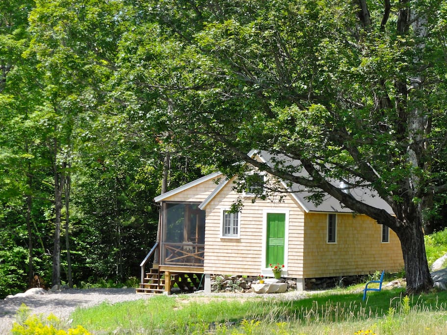 """Your own """"tiny house""""!"""