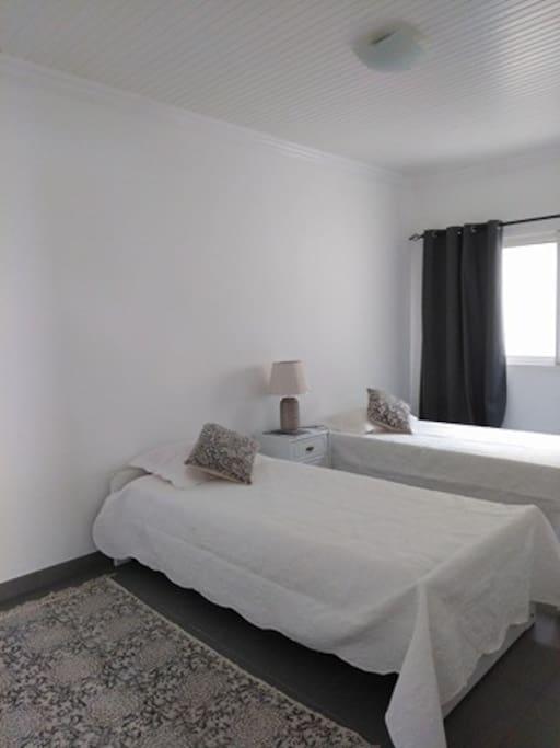 Bedroom | Quarto de cama