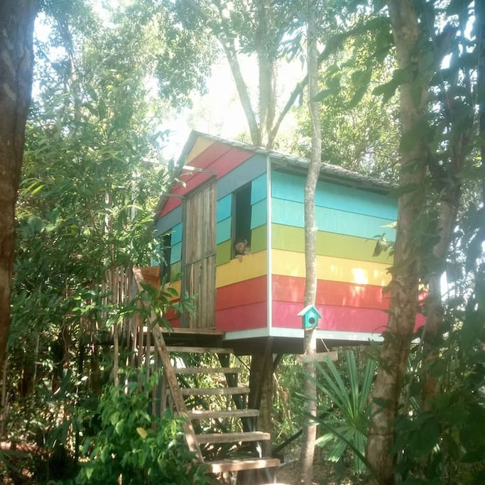 Treehouse double bed w private bathroom