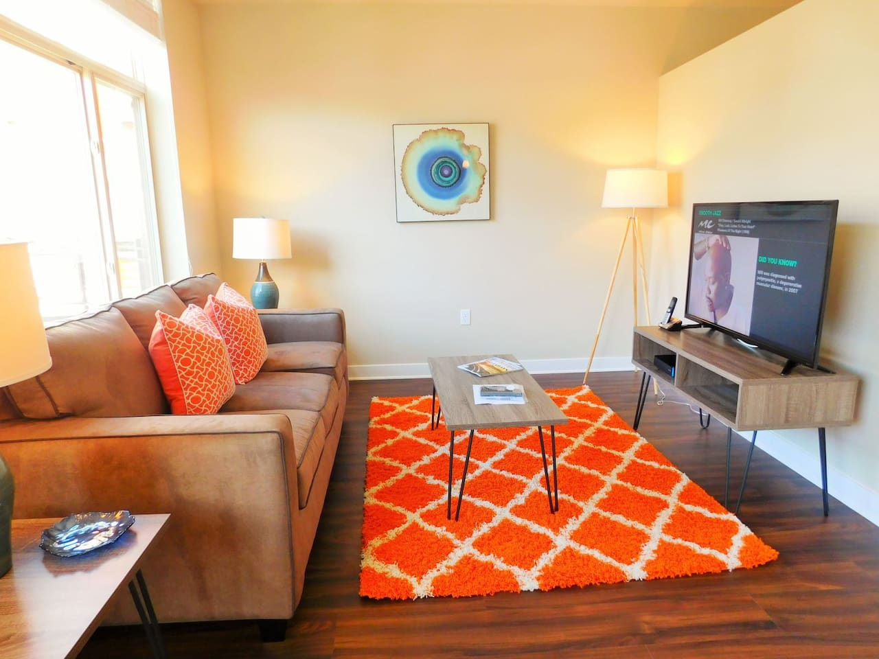 The open living area is conducive to a warm lifestyle...