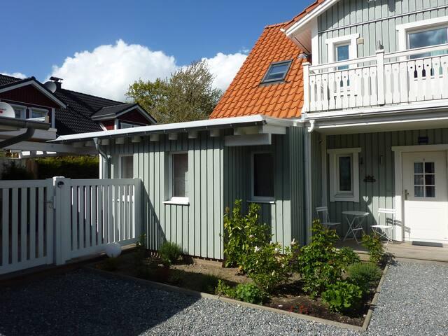 KLEIN LOTTA, Erweiterung am Schwedenhaus LOTTA