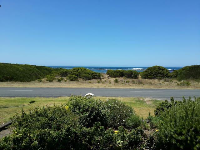 South Beach Sea View - Port Fairy - Casa
