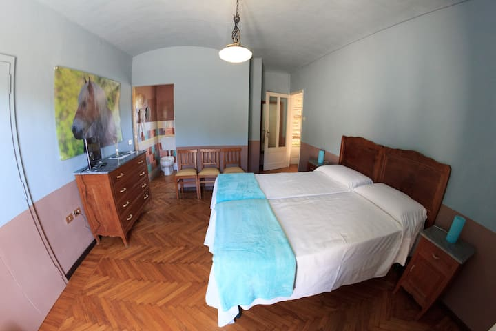 B&B Lo Scudiero - Camera Winzer - Passerano Marmorito - Bed & Breakfast