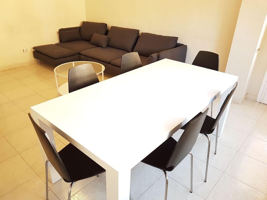 Mesa del comedor para 6 personas