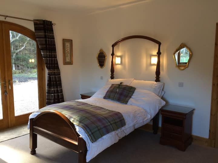 Private Double room, Speyside, Carron, Aberlour
