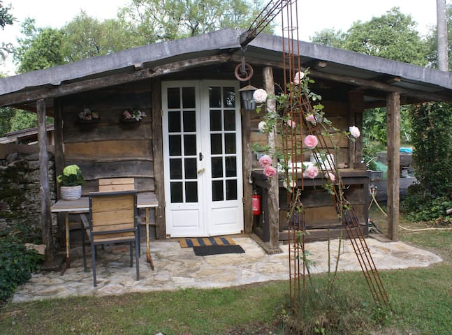 'Mariposa', wooden cabana, space and serenity - Cajarc - Domek parterowy