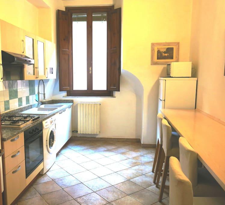 cucina comune / shared kitchen