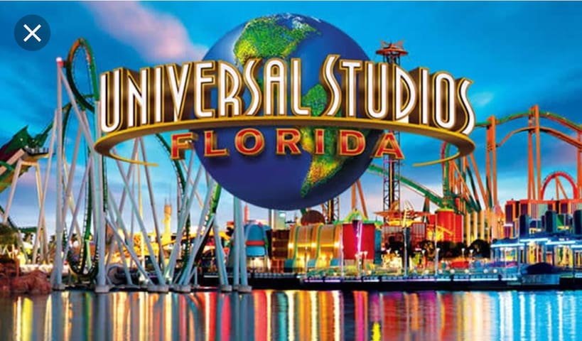 The Universal Orlando Resort, commonly known as Universal Orlando, formerly Universal Studios Escape, the distance is 5 minutes by car.