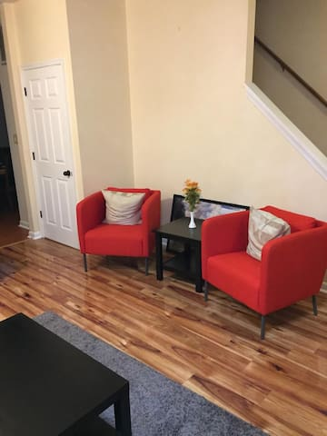 ★Modern 3BR Townhouse minutes from Washington,DC★