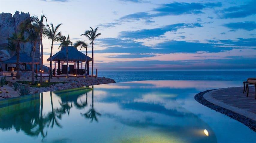 Luxury Cabo San Lucas Resort At Ocean's Edge - Cabo San Lucas - Apartemen