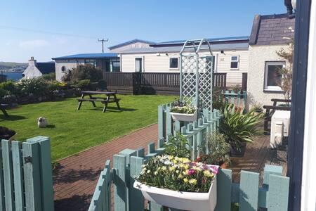 Static Garden Chalet in Brae, Shetland