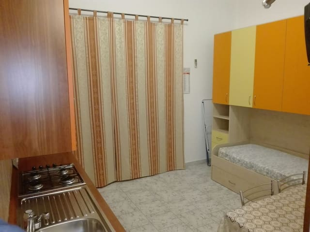 Appartamento monolocale e bilocale - Marconia - Apartemen