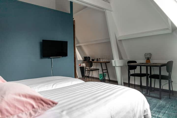 B&B 1001 Nacht Luxury Blue Quadruple Room