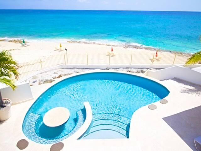 Villa Bahari w/Private Access to Cupecoy Beach - Lowlands - Villa