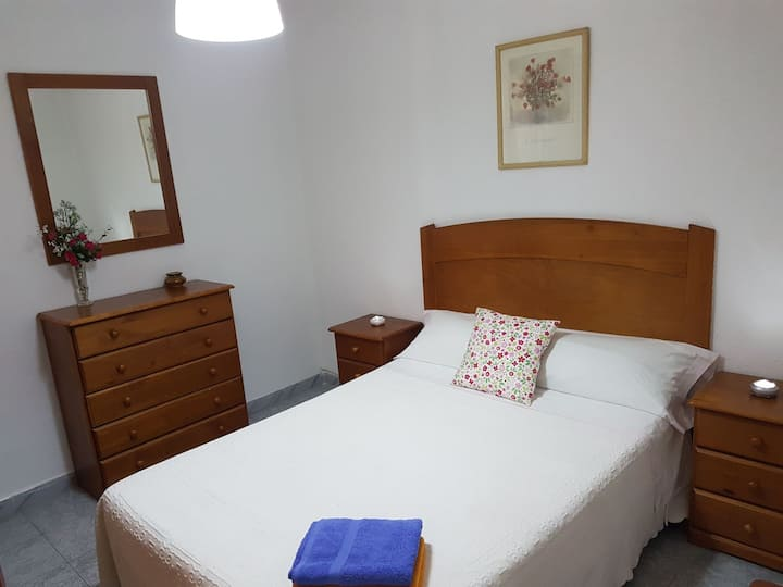 #2 Apt. in Cádiz Bay. 3 rooms A/C+ FREE WIFI