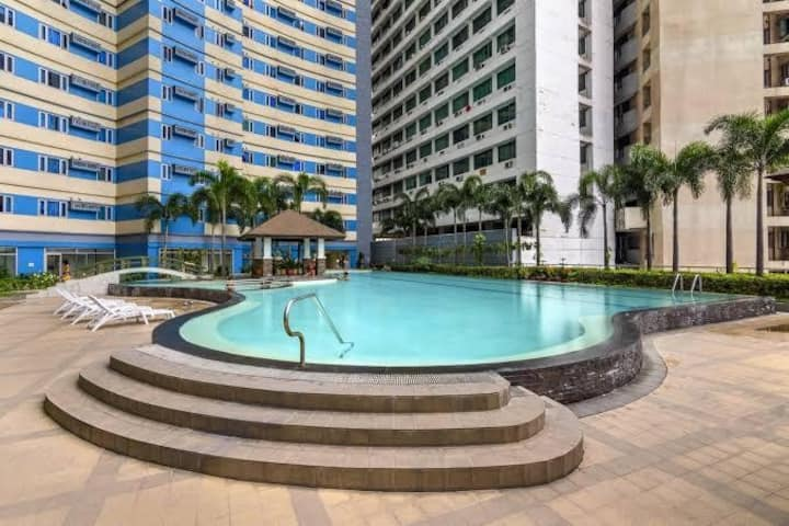 Studio Unit near La Salle University