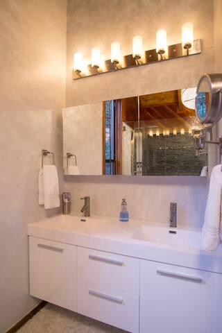 Master suite dual sink vanity.