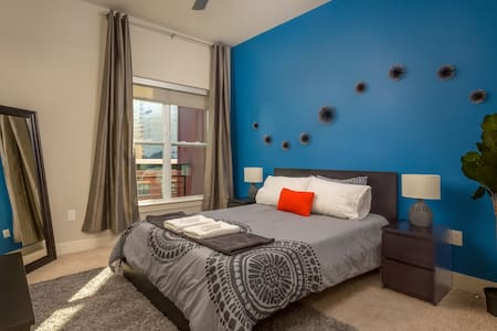 ASK FOR DISCOUNT-Luxury Serviced Apt in Uptown CLT