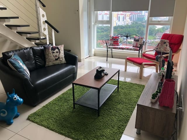 KL near midvallyThe Scott garden soho  home stay