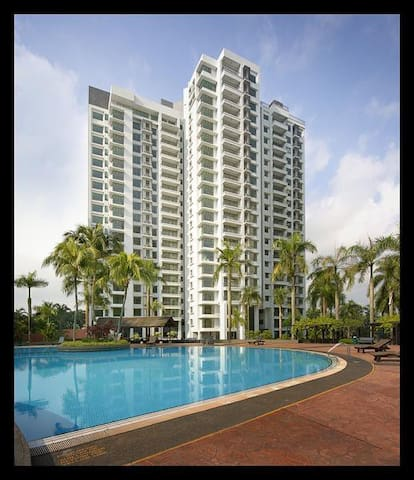 The Straits View Condo