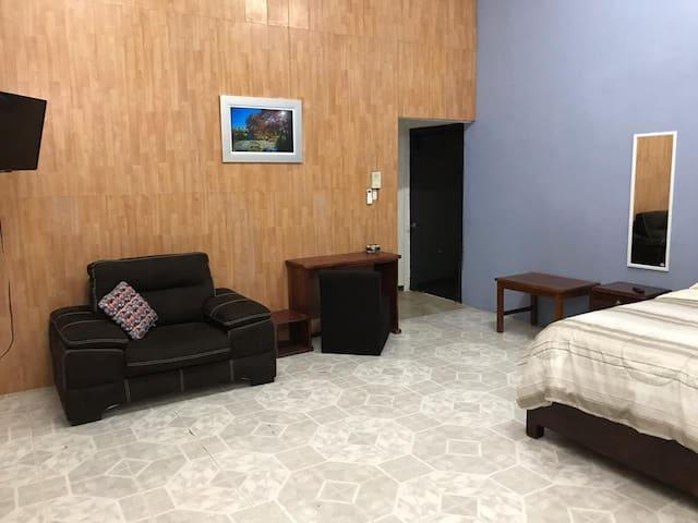 Habitación en Quinta Hidalgo, limpia, ejecutiva H2