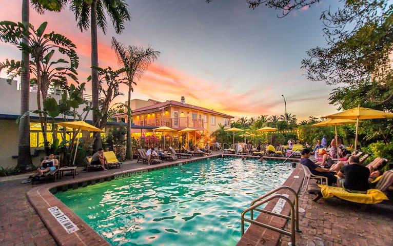 Hostel meets Hotel in Miami Beach - 邁阿密海灘 - 旅社