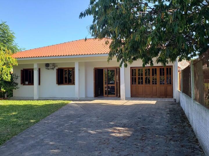 Casa confortável na Costa Doce
