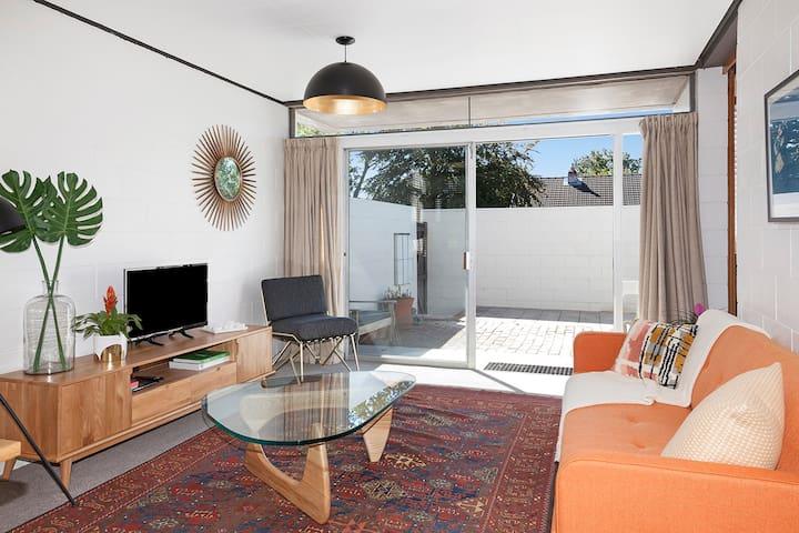 Retro Apt *Close to City, Airport & University - Christchurch - Appartement