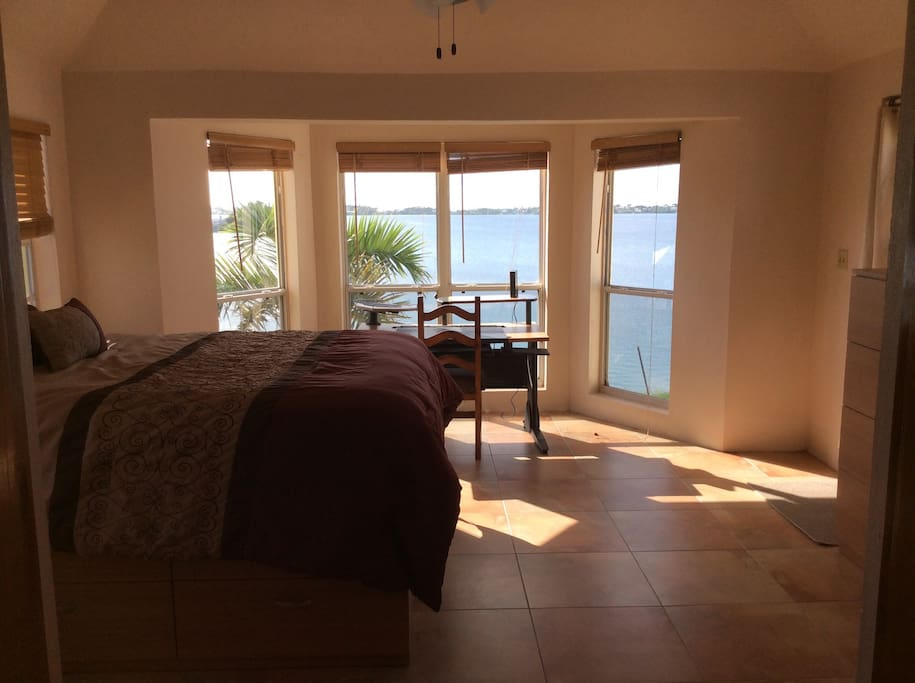 1 Bedroom With View Near Beach Apartments For Rent In