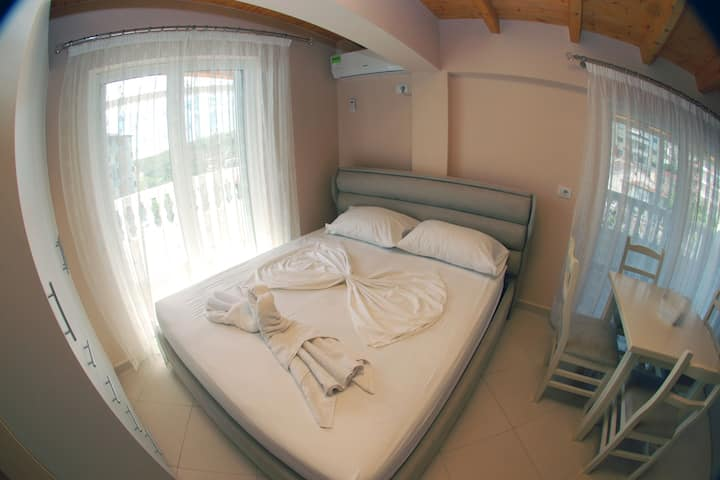 Vila Alvin Studio Apartment with Sea View