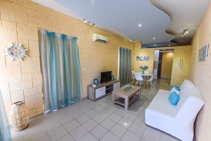 Cosy apartment close to Ialysos beach