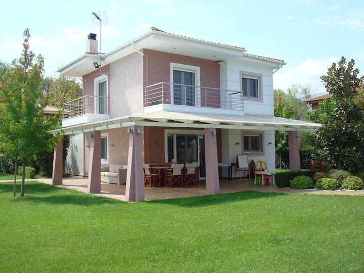 Olympus Riviera Modern Luxury Villa in Leptokarya