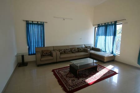 1 bedroom with attached bath,garden & living room - Lavasa