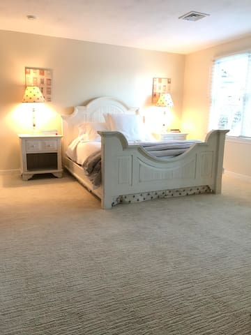Charming Downtown Chatham Apartment - Chatham - Apartment