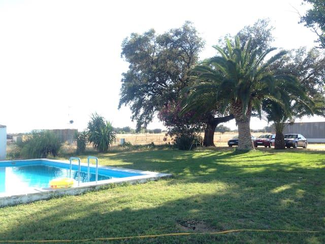 Casa de Campo - Badajoz - 木屋