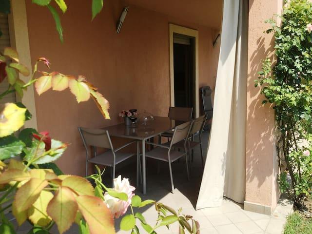 Casa Di Sissy-Zona Villa Igea Centro a Pochi Passi