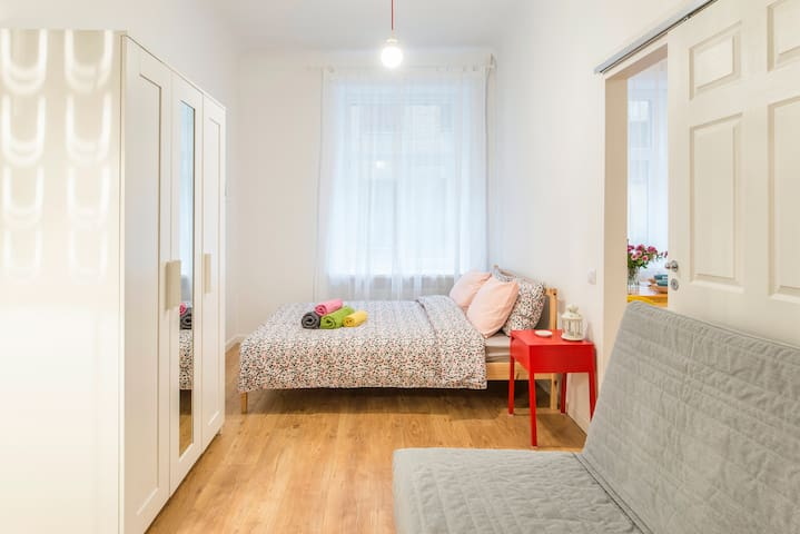 Apartment close to Central Station & Old Town