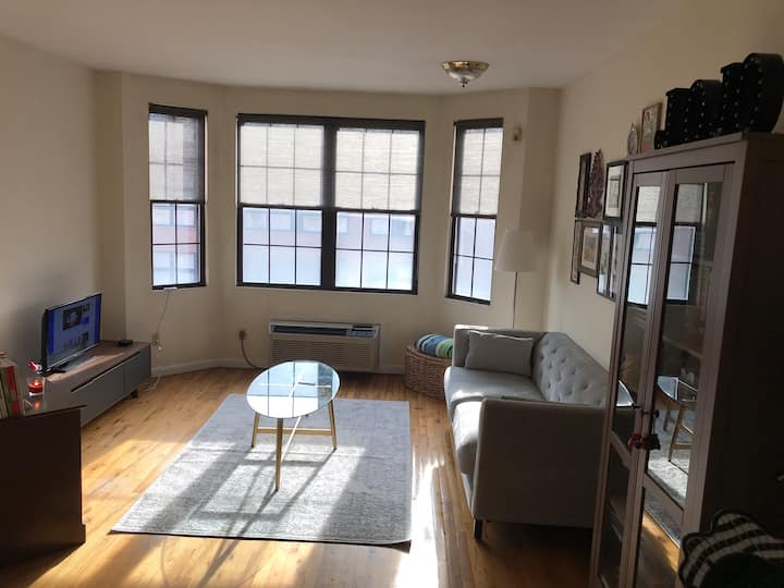 1 bed Hoboken rents for 1500$ 07/24-08/23