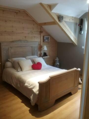 Belle chambre avec sanitaires privés + pdj + spa
