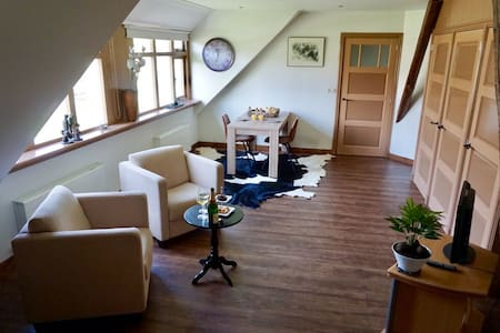 De Gouwe Plek - Hoogwoud - Bed & Breakfast
