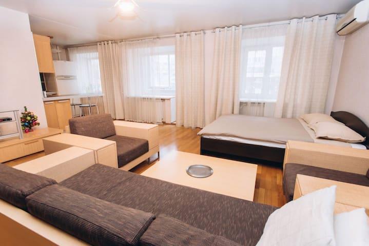 Апартамент Шевченко 10 - Yekaterinburg - Apartemen