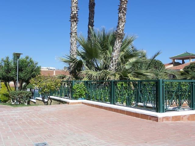 "Gran Alacant ""Casa Vialetta"" - Puerto Marino - Leilighet"