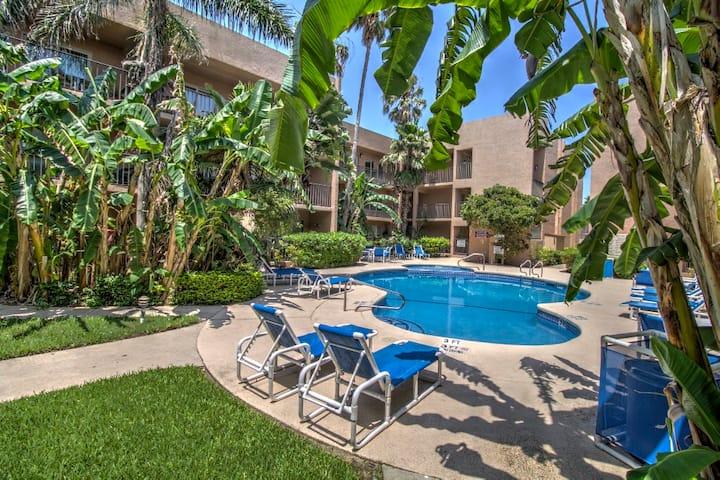 Beachview Condos - 2 Bedrooms, 2 Baths, Pool & Spa