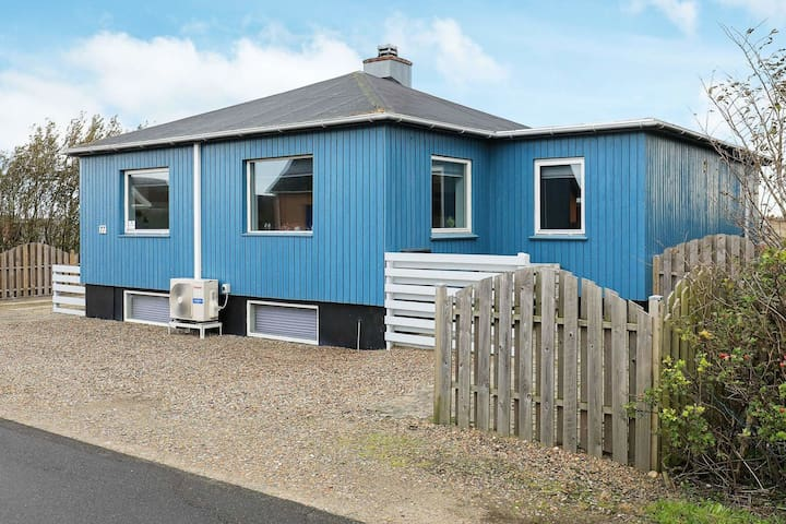 6 person holiday home in Lemvig