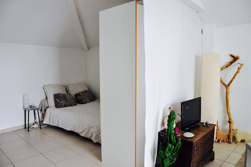 Coin Chambre avec lit double